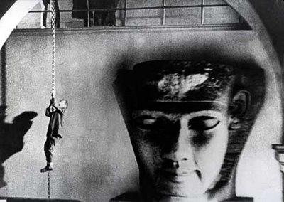 Juxtaposition, Blackmail, 1929